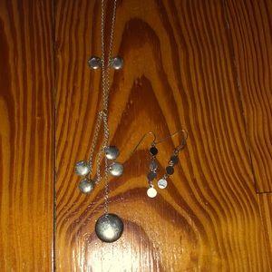 Necklace & earrings...